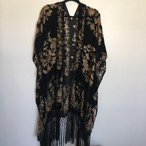 Sweaters - Cardigan with fringe